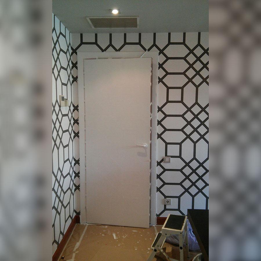 decoracion de puerta en pozuelo de alarcon